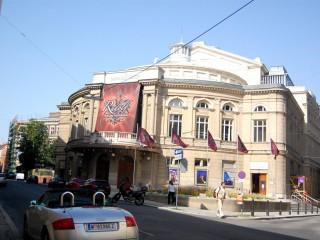 Раймунд-театр. От оперетты — давно мюзикла