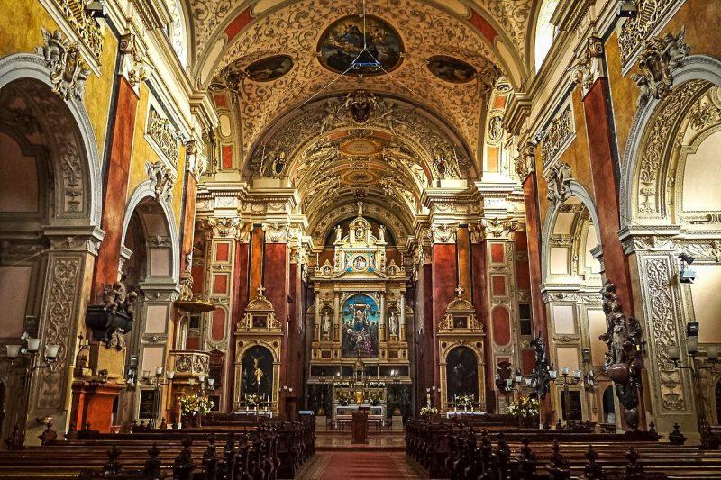 Интерьер церкви Шотландского монастыря