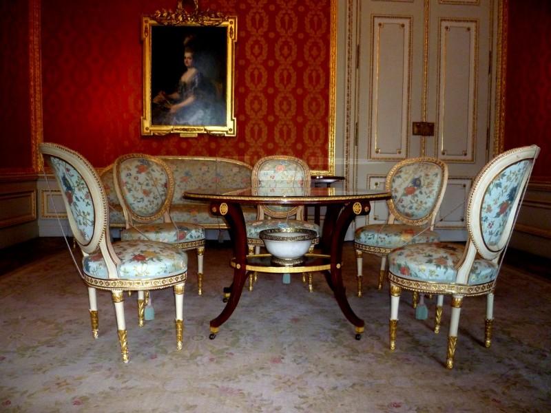 Одна из комнат во дворце эрцгерцога Альбрехта