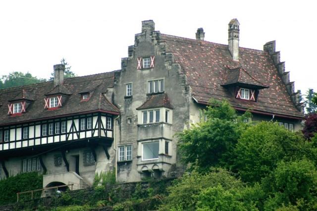 Замок Вольфурт (Schloss Wolfurt)