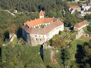 Замок Берштайн