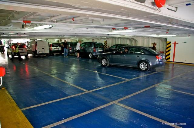 Вторая палуба для легковых автомобилей