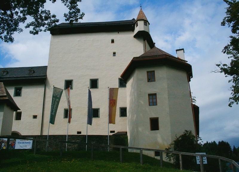 Замок Гольдег