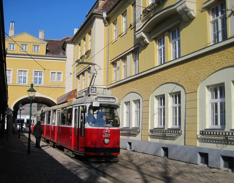 На трамвае по Гринцингу
