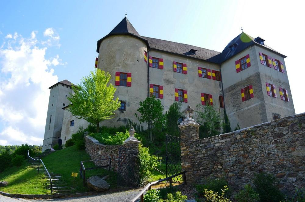 Замок Локкенхаус (Burg Lockenhaus)