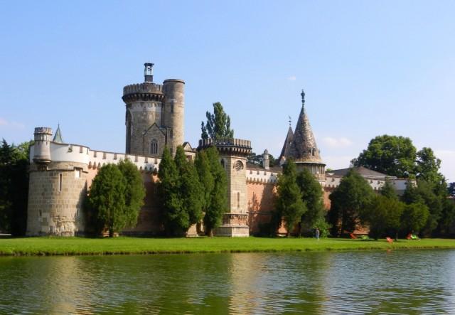 Замок Франценсбург