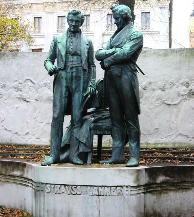 Памятник Иоганну Штраусу и Йозефу Ланнеру