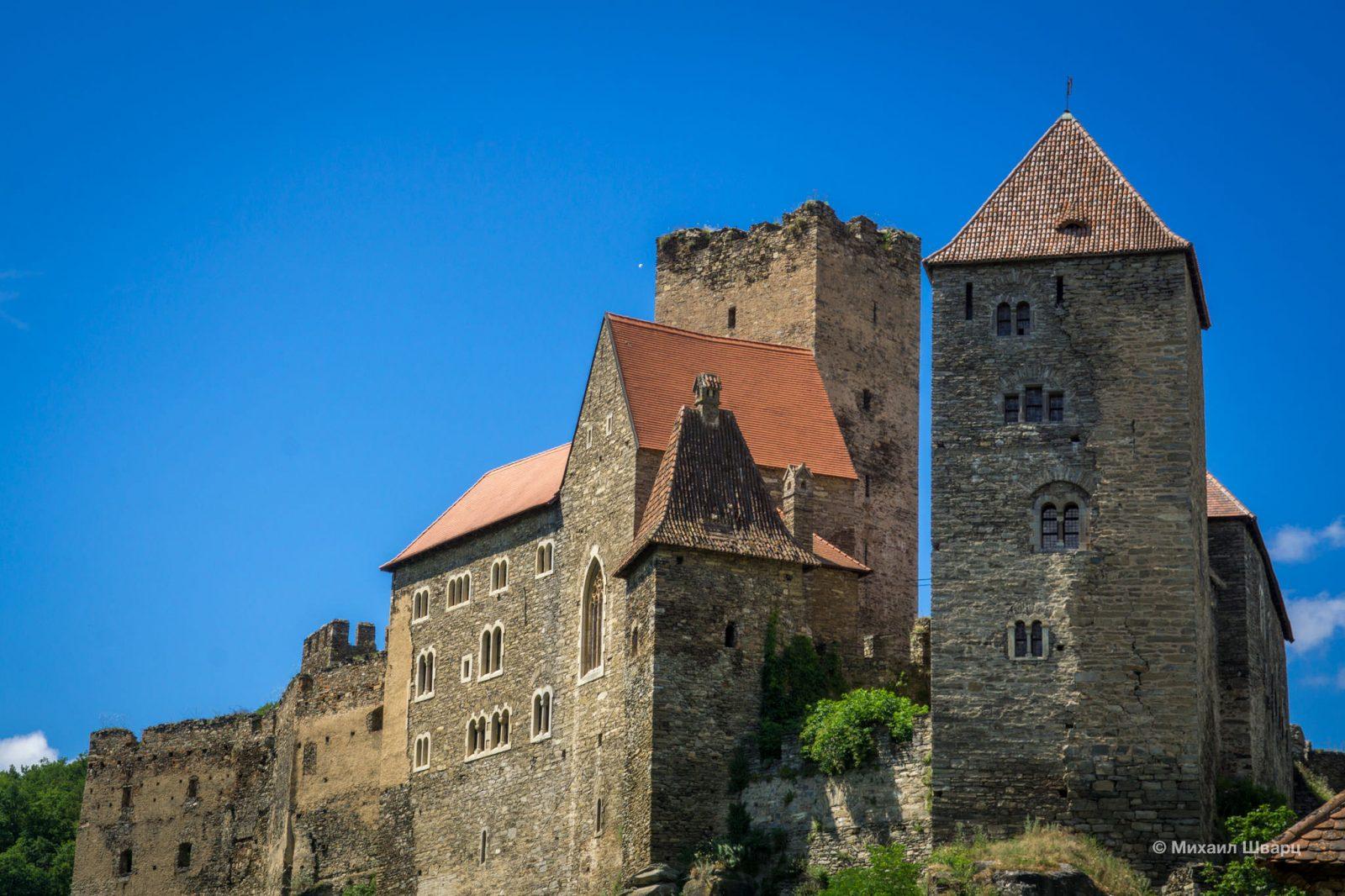 Башни крепости