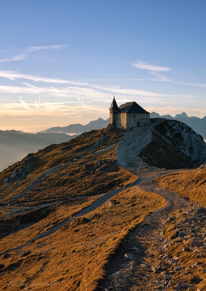 Церковь Марии-на-камне - самая старая и самая высокогорная церковь Восточных Альп
