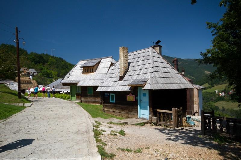Дрвенград - деревня Кустурицы