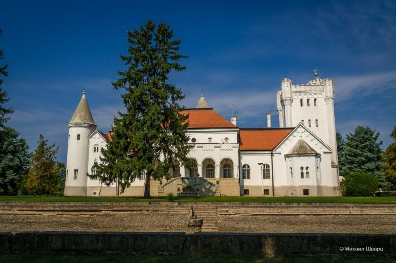 Замок Фантаст