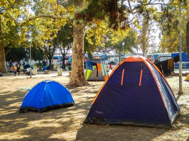 Палатки беженцев