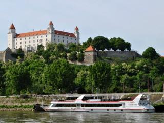 На чем поехать из Братиславы в Вену?