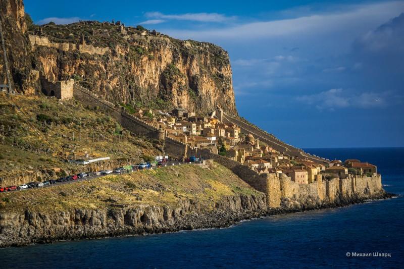 Средневековый городок Monemvasia