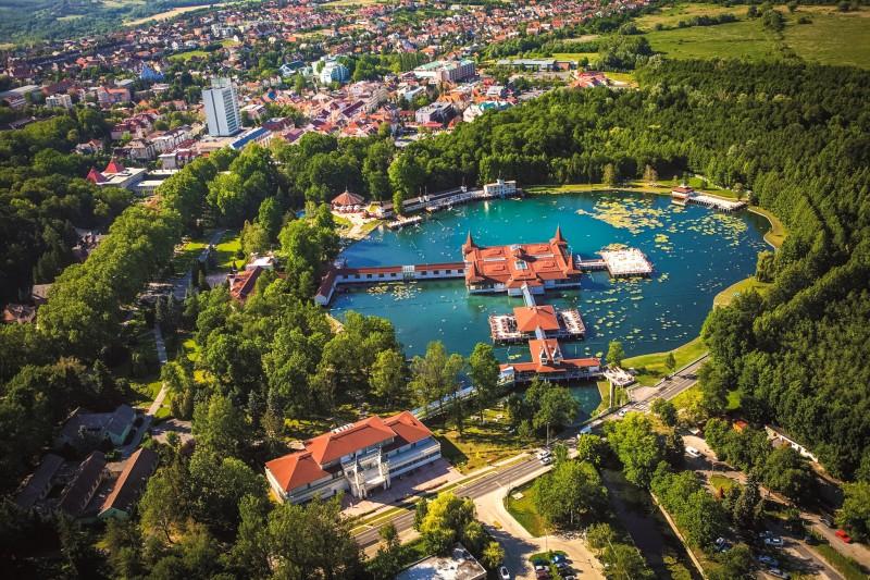 Хевиз - знаменитый венгерский термальный курорт