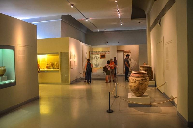 Музей доисторической Фиры