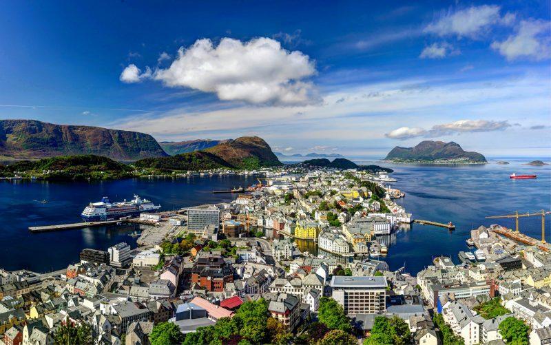 Олесунн - город в царстве фьордов