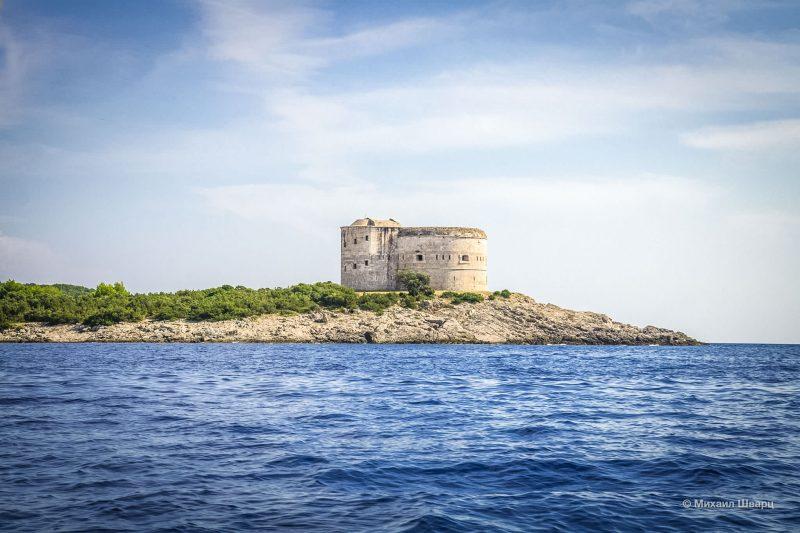 Крепость Арза на полуострове Луштица