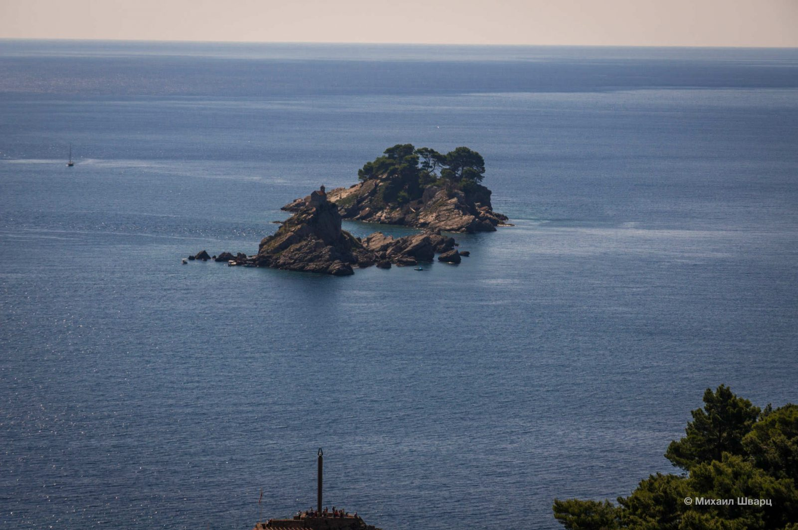 Остров Святой Недели и Катич