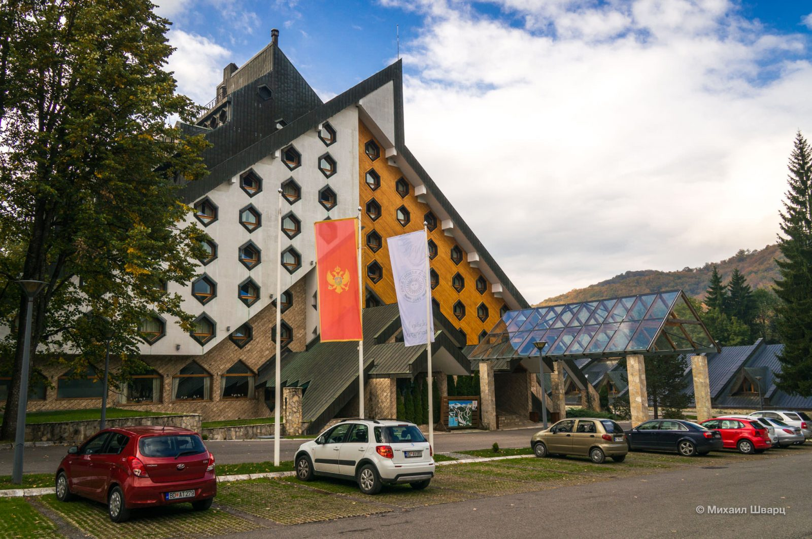 Необычный фасад отеля