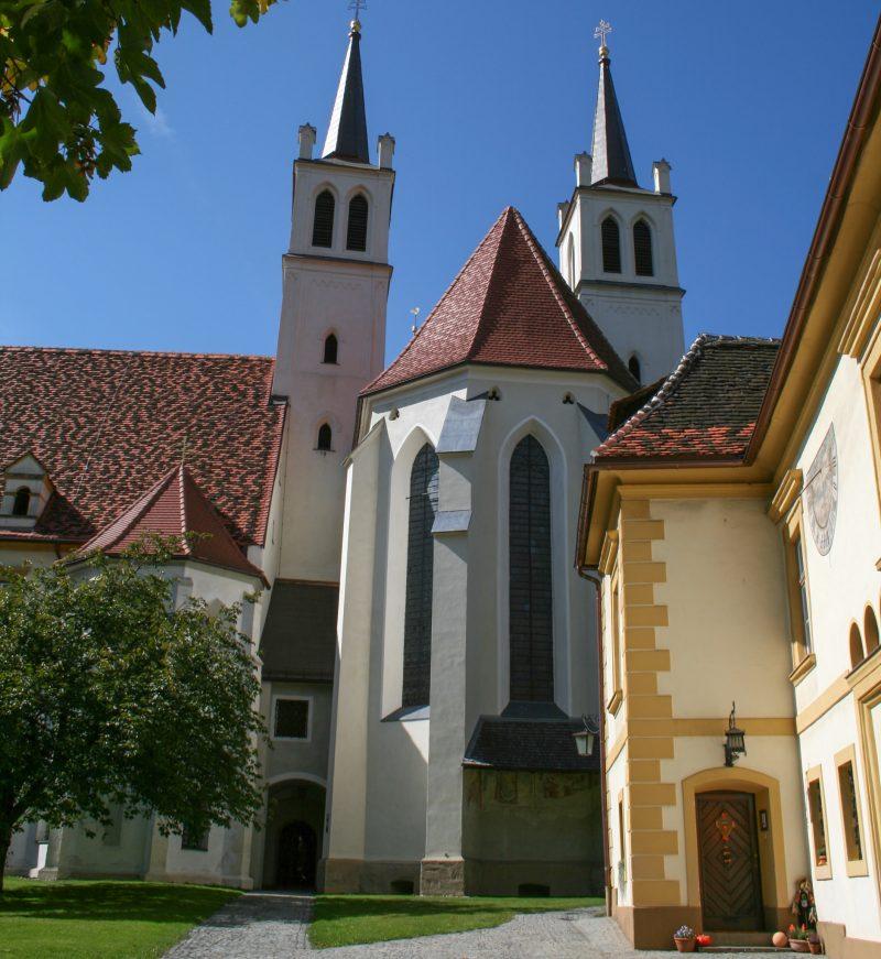 Церковь Göß