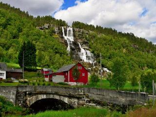 Маршрут по водопадам Хардангер-фьорда