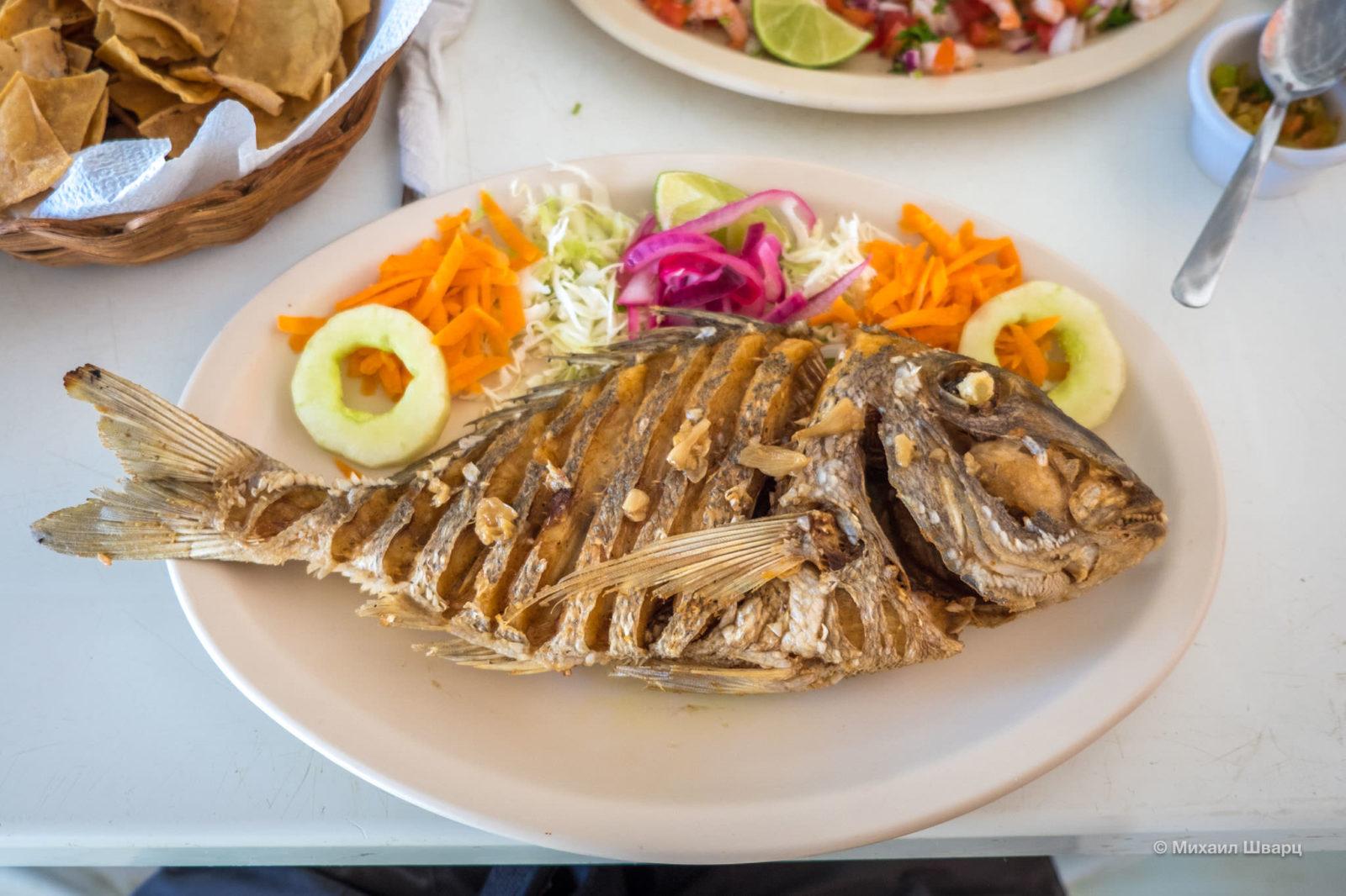 Рыба с чесноком на гриле