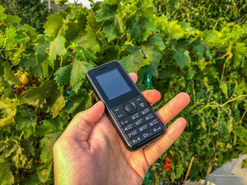 Второй маленький телефон для путешествий 2