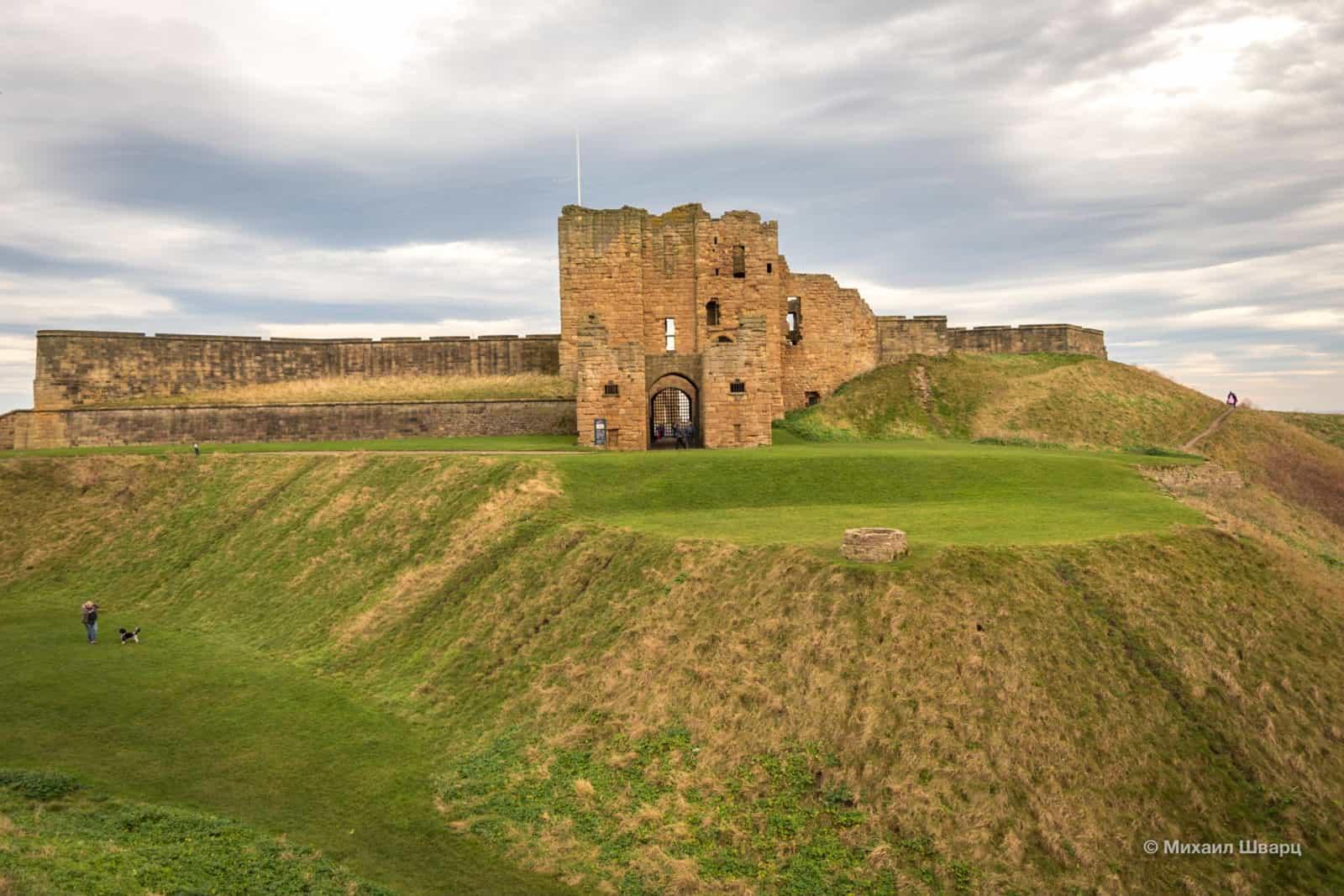 Монастырь и замок Тайнмут