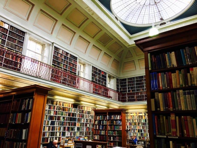 Библиотека Lit & Phil Library