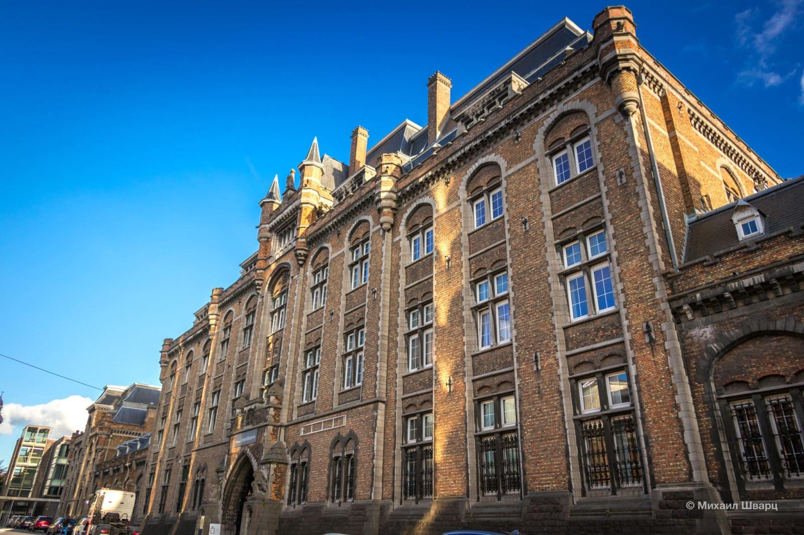 Вид со стороны Gaspar de Craeyerstraat
