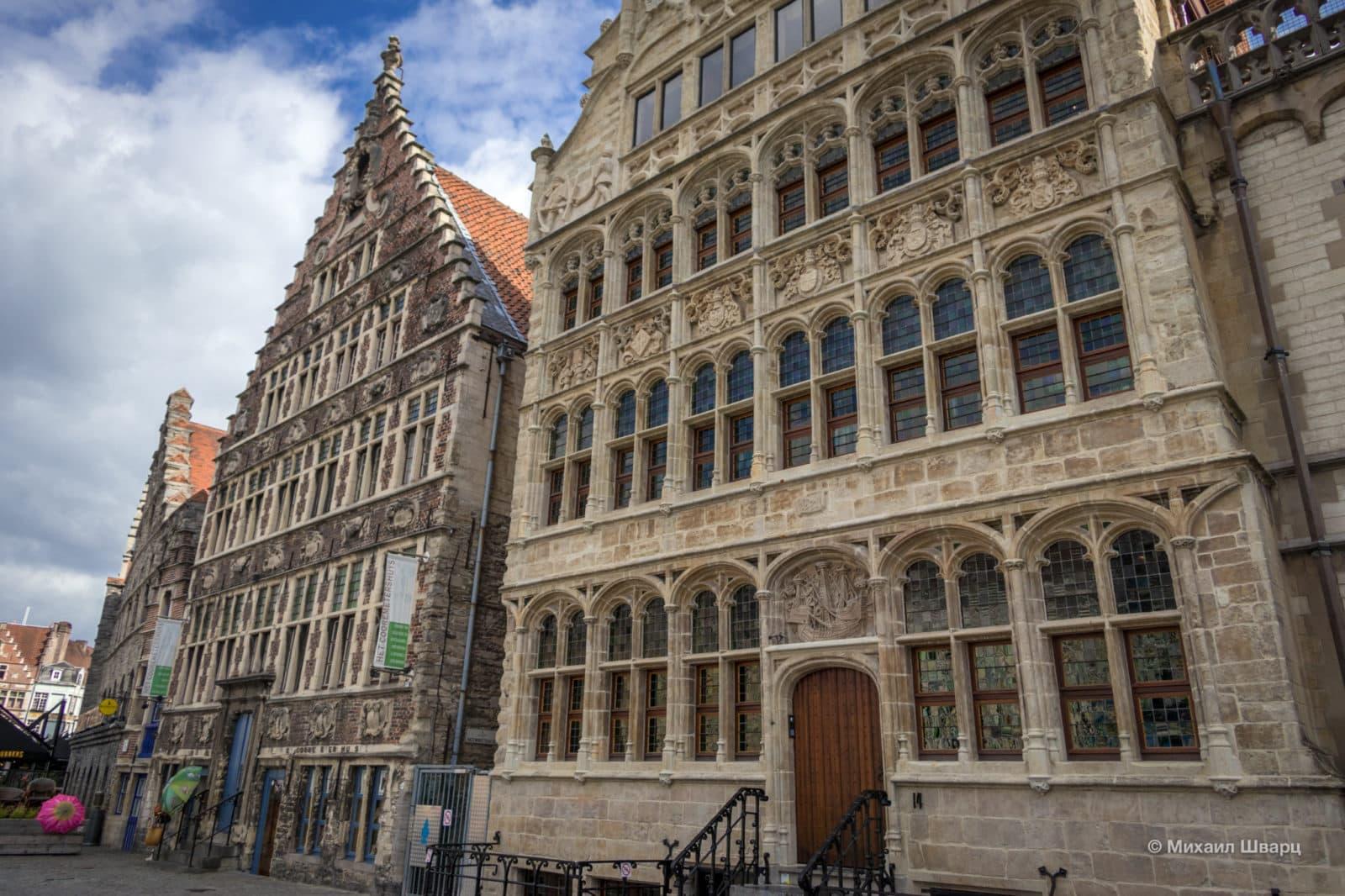 Дом гильдии вольных судоводителей №14 и дом №12 Korenmetershuis