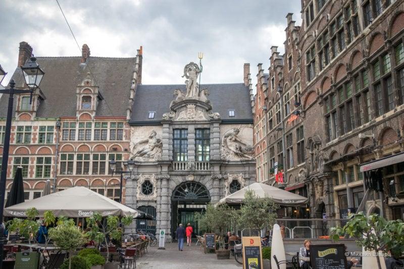 Площадь Святой Фараильды (Sint Veerleplein)